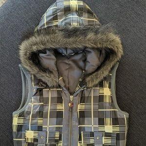 Adidas winter vest with fur good